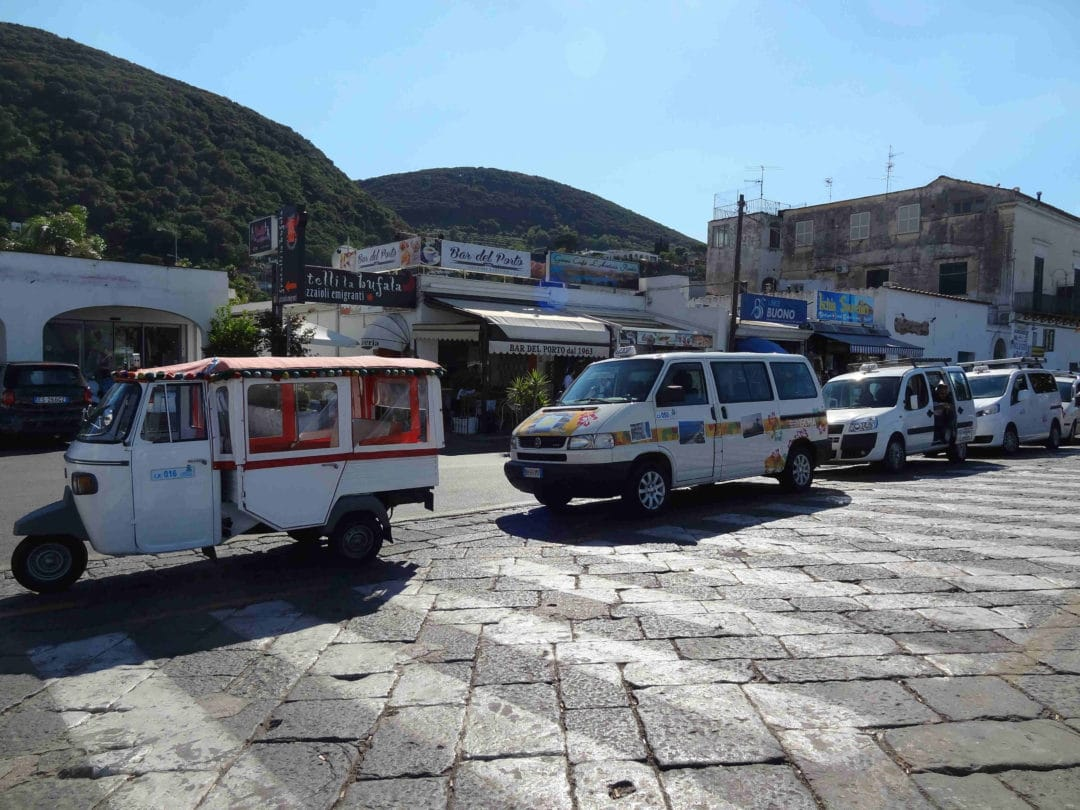 taxi ischia